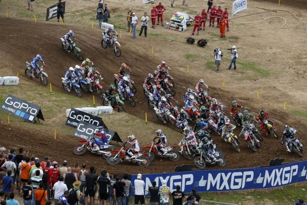 76925_herlings_mxgp_2013_r09_rx_2672