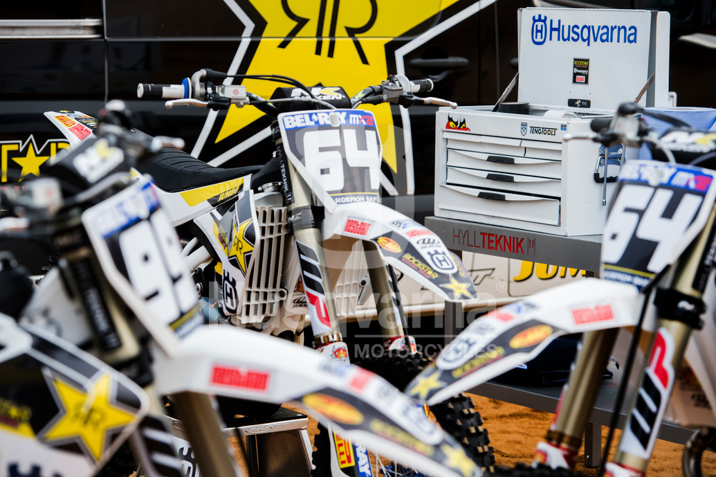 rockstar_energy_husqvarna_factory_mx2_racing_team_dsc_2498-l